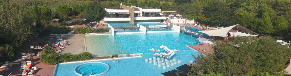 Panoramica piscina - Rocchette Camping Village