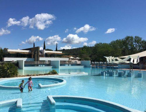 Campeggio e bungalow con piscina in Toscana